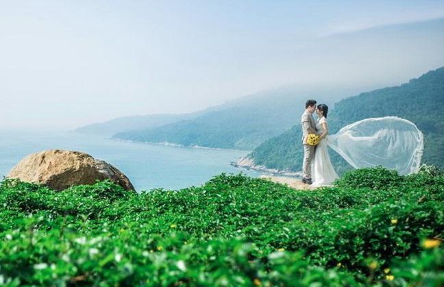 Chụp ảnh cưới tại Sơn Trà Đà Nẵng